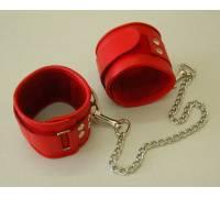 Оковы кожаные красные на липучках, соединенные цепочкой длиной 35см 3073-2