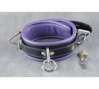 Средний подвёрнутый кожаный ошейник с фиолетовым подкладом