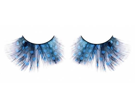 Голубые ресницы-перья