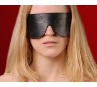 Маска на глаза кожаная литая черная 3081-1