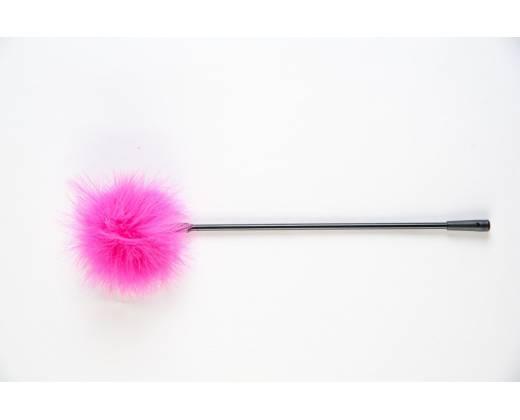 Щекоталка с розовым пушком на кончике
